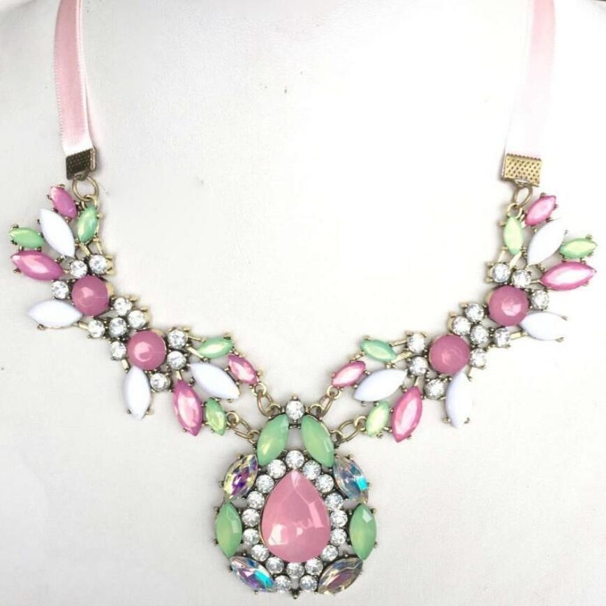 Women Fashion Jewelry Crystal Chunky Statement Bib Pendant Chain Choker Necklace