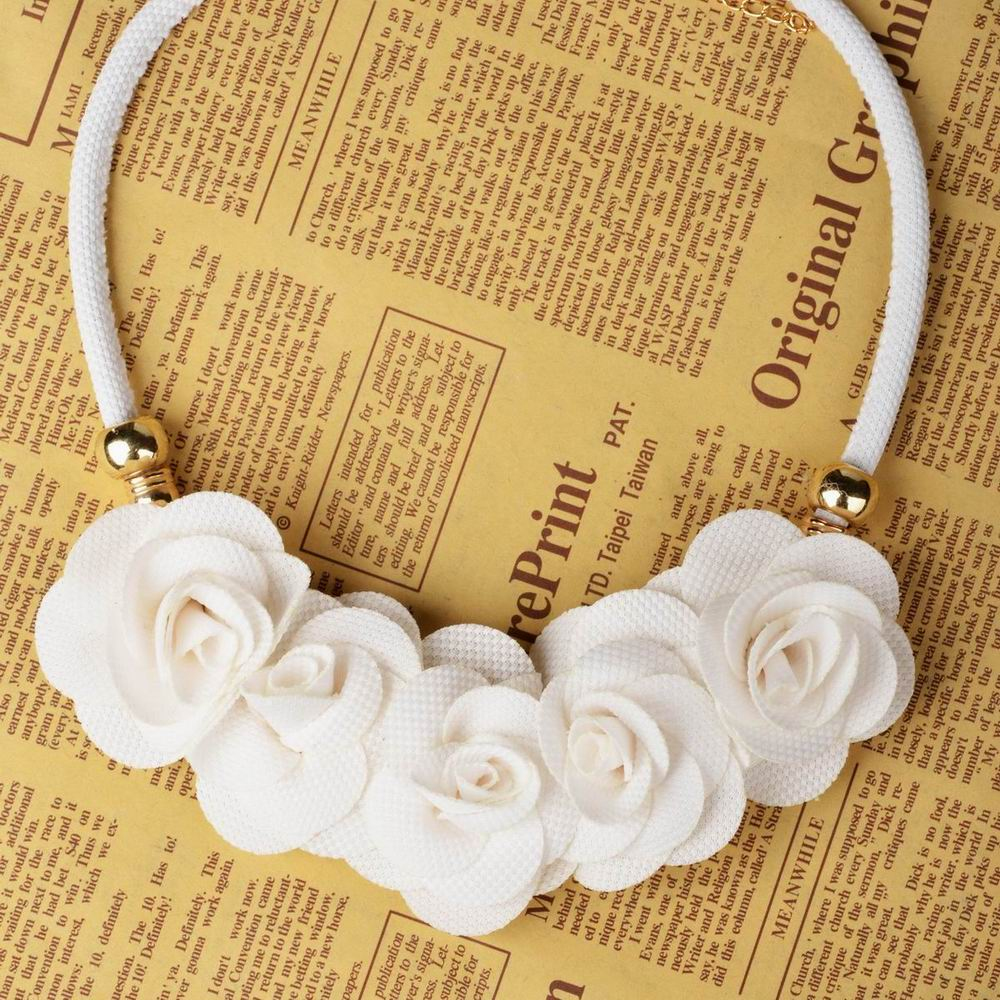 Ladies Fabric Flower Cord Beaded Collar Statement Choker Pendant Necklace Z297