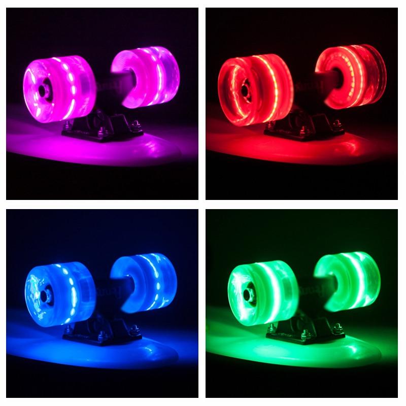 4 st ck led rollen wheels leuchtrollen minicruiser penny longboard skateboard ebay. Black Bedroom Furniture Sets. Home Design Ideas