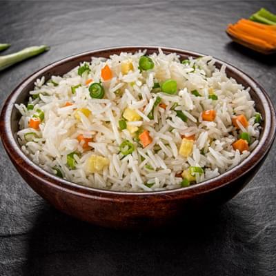 Veg Chinese Fried Rice image