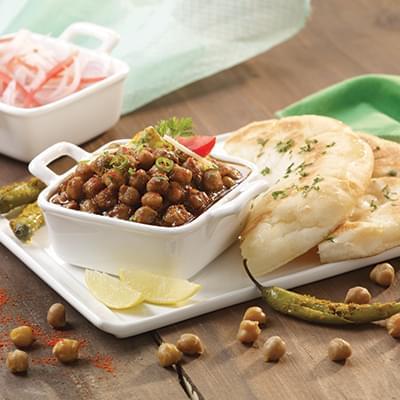 Punjabi Chana Kulcha image