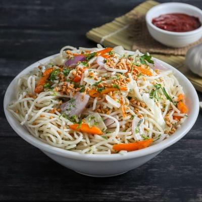 Veg Burnt Garlic Noodles image