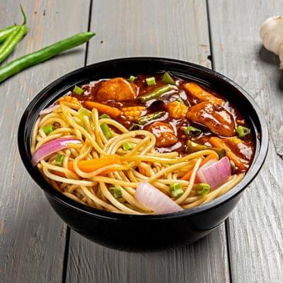 Schezwan Chicken With Choice Of Noodles Bowl image