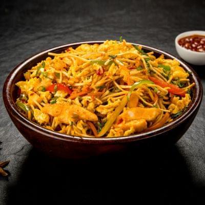 Chicken Schezwan Noodles Bowl image