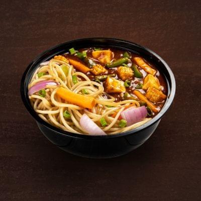 Kung Pao Paneer With Hakka Noodles Bowl image