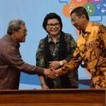Disaksikan KPK, Gubsu Erry Nuradi Dan Gubernur Jabar Teken MoU Penerapan Aplikasi PTSP, TPP dan e-Samsat