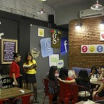 Sosmed Cafe (Foto Jurnalcowok.com)