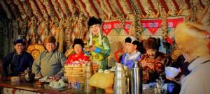 Perayaan Tsagaan Sar (Foto : newmilestonetravel,com)