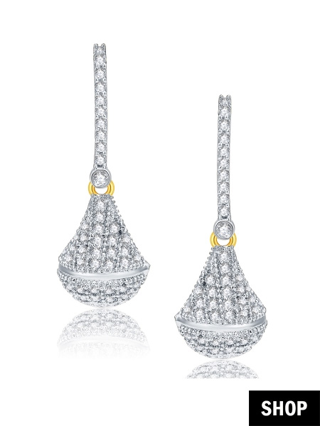 Drop earrings for round face