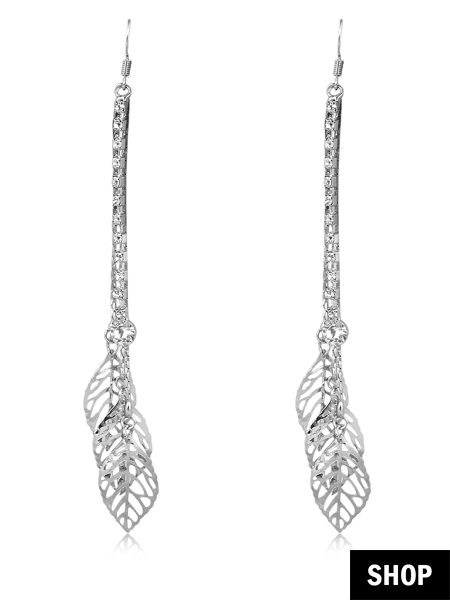 Silver earrings for round face