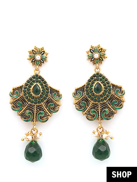 Green earrings for long and narrow face