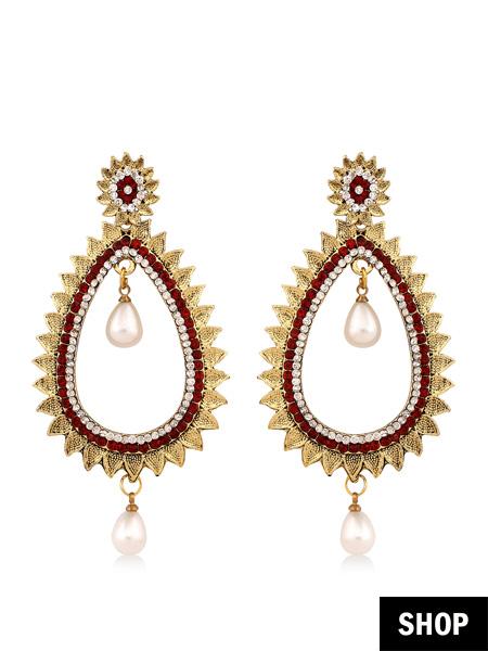 Earrings for square face
