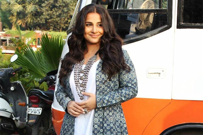 Vidya Balan fusion looks at Kahaani promotions