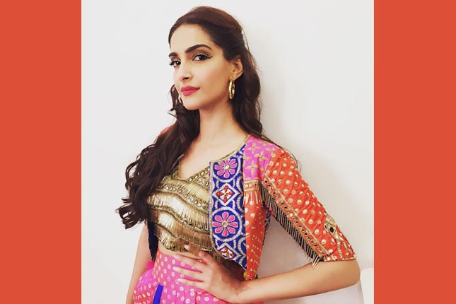 sonam in ethnic jacket