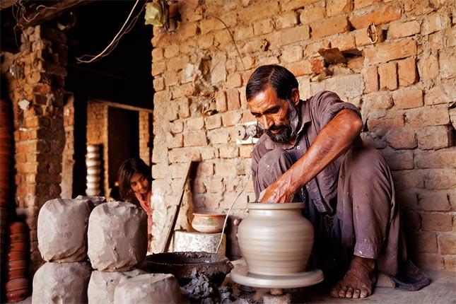 Terracotta pottery village