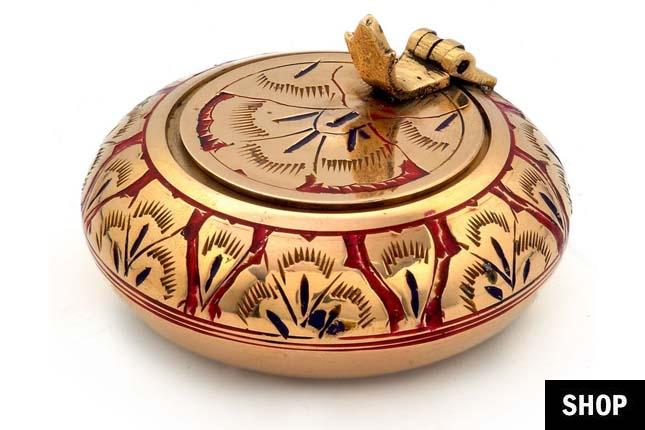 Meenakari ash tray