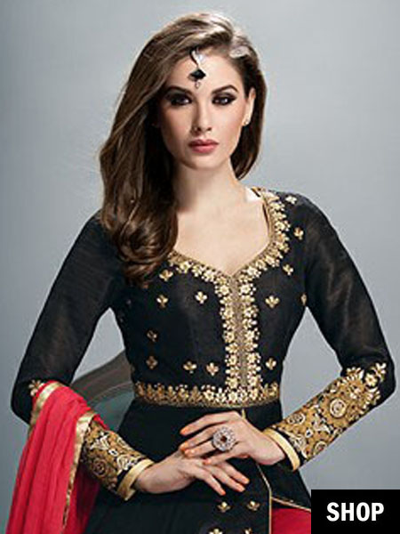 Sweetheart neck anarkali