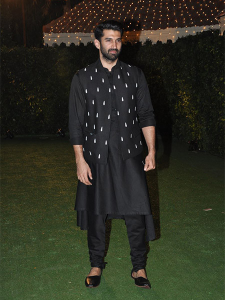 Aditya Roy Kapur at Trishya Screwvala's wedding