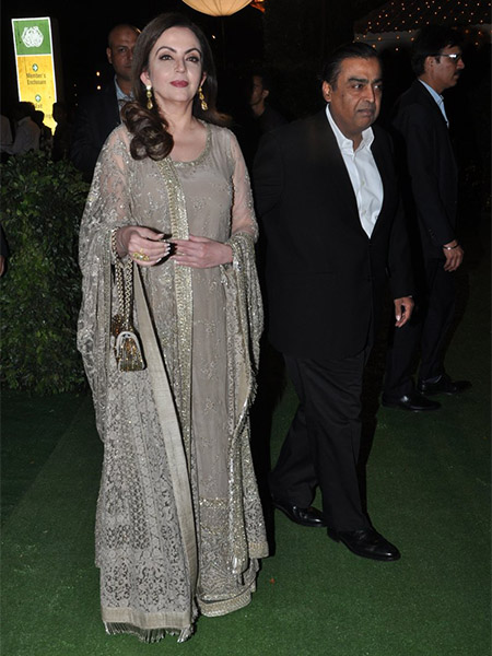 Nita Ambani at Trishya Screwvala's wedding