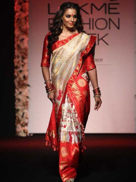 mekhela_chador saree draping styles