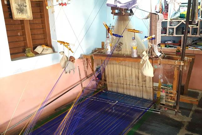 gadwal sarees loom