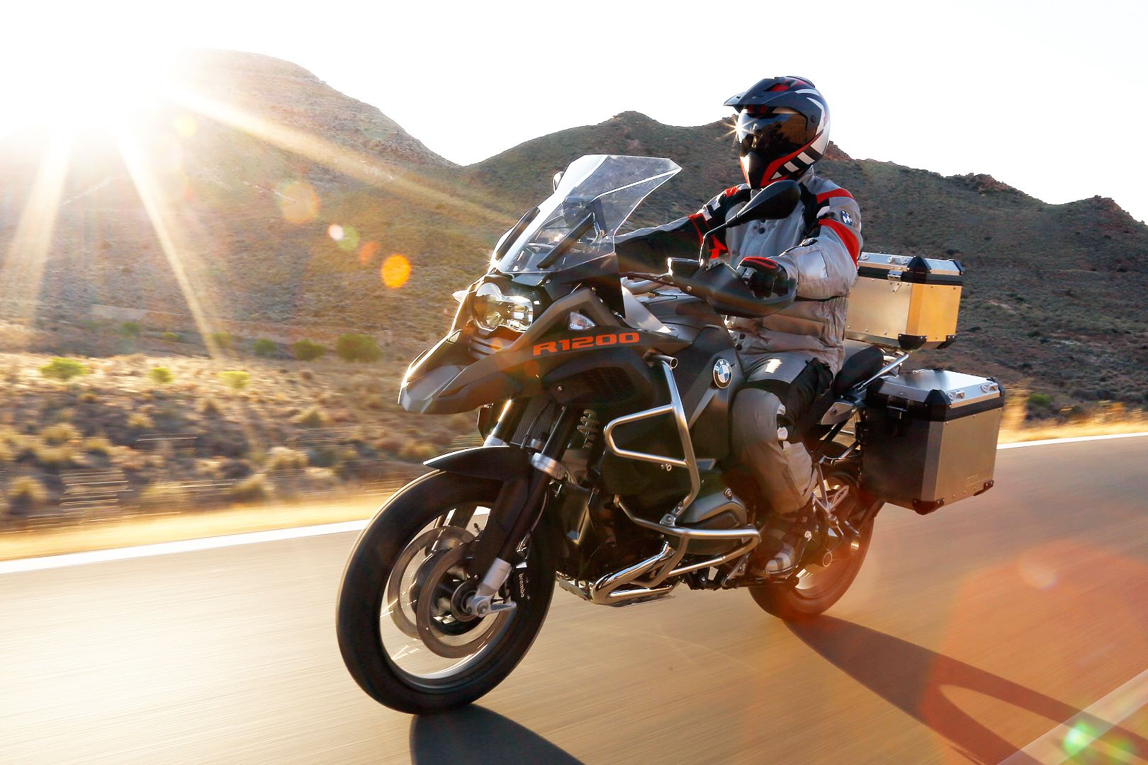 Ten Motorcycle Technologies Pioneered by BMW – Part 2