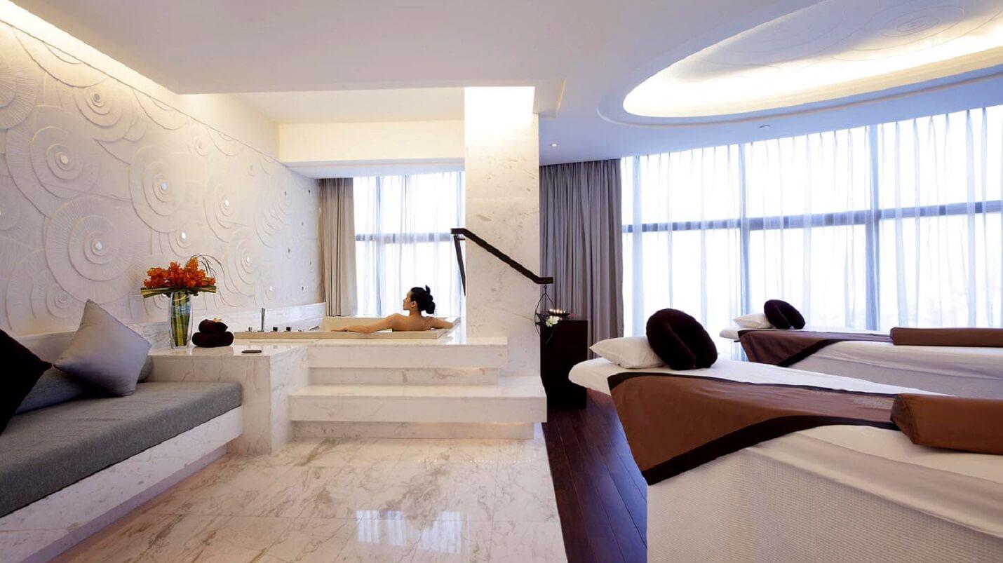 luxury travel bangkok spa intercontinental