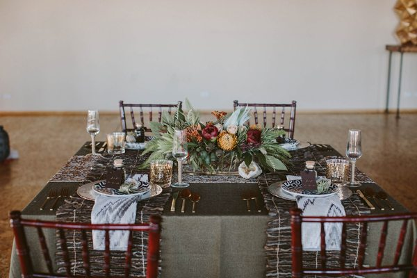 Ruffled - photo by Megan Saul Photography http://ruffledblog.com/modern-safari-wedding-inspiration