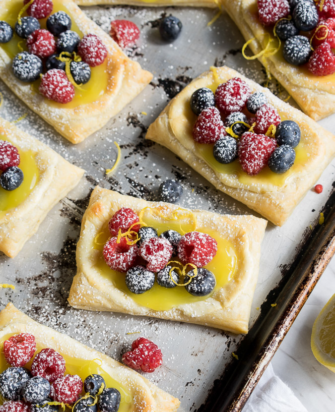 iwashyoudry http://www.iwashyoudry.com/2015/05/14/lemon-berry-cheesecake-puff-pastries/#comments