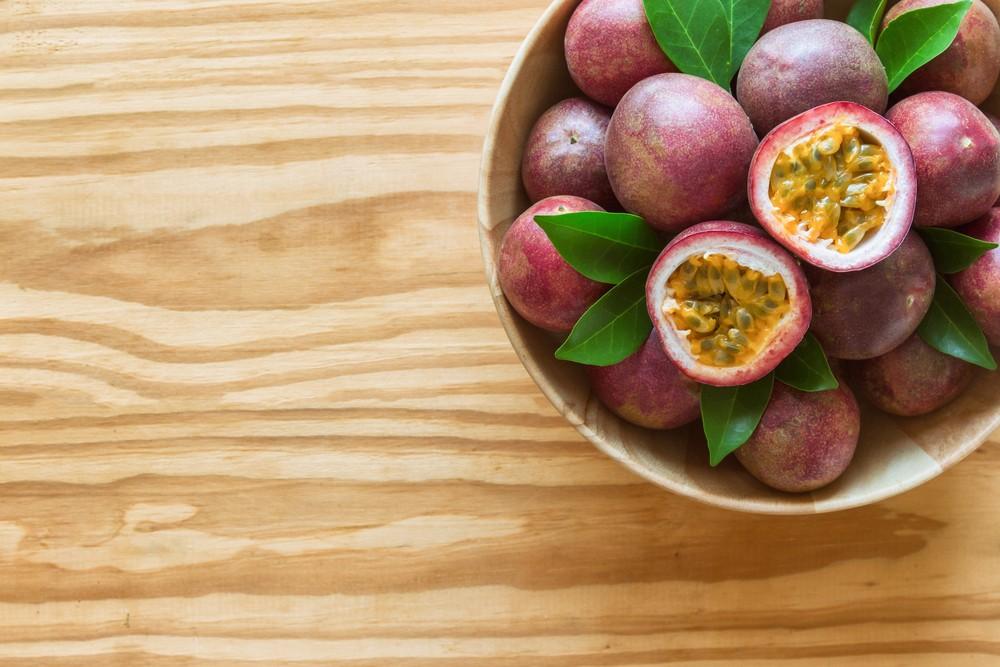 一个热情果只有17卡路里,但含充足的纤维、维他命C和维他命A。