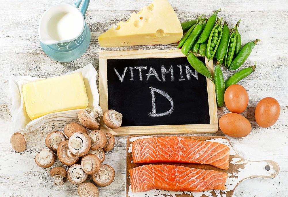 维他命D 有时也被称为阳光维他命,并是一种脂溶性维他命(fat-soluble vitamin)。
