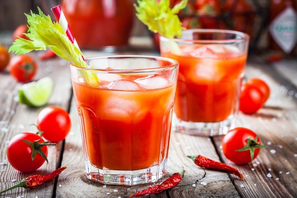 一杯蕃茄汁,可含有超过600mg的钠。