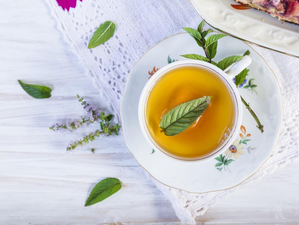 一般相信薄荷茶具有抗病毒、抗菌,甚至抗致敏的功效。
