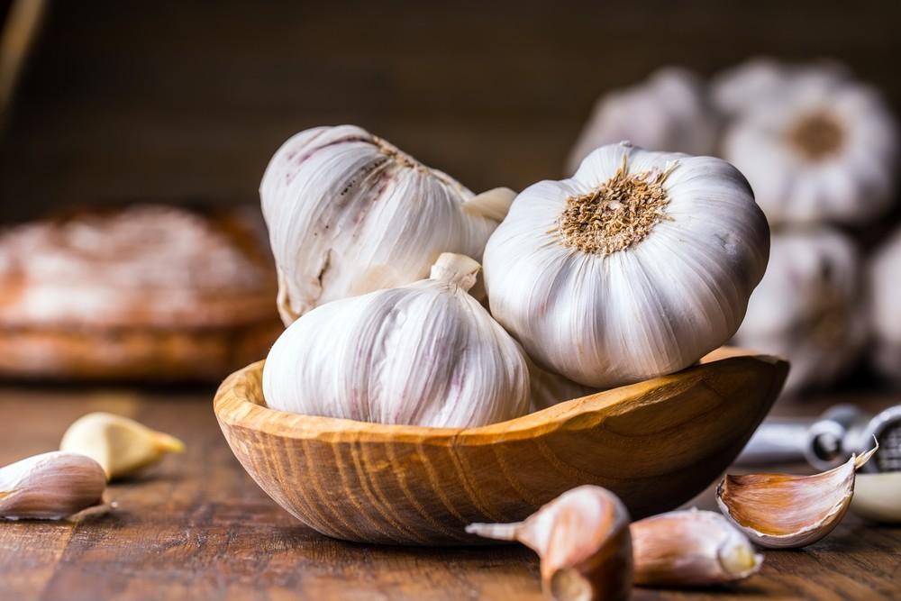 不少人在煮食中,都会加入大蒜。 除了可添加风味,还有不少健康益处。