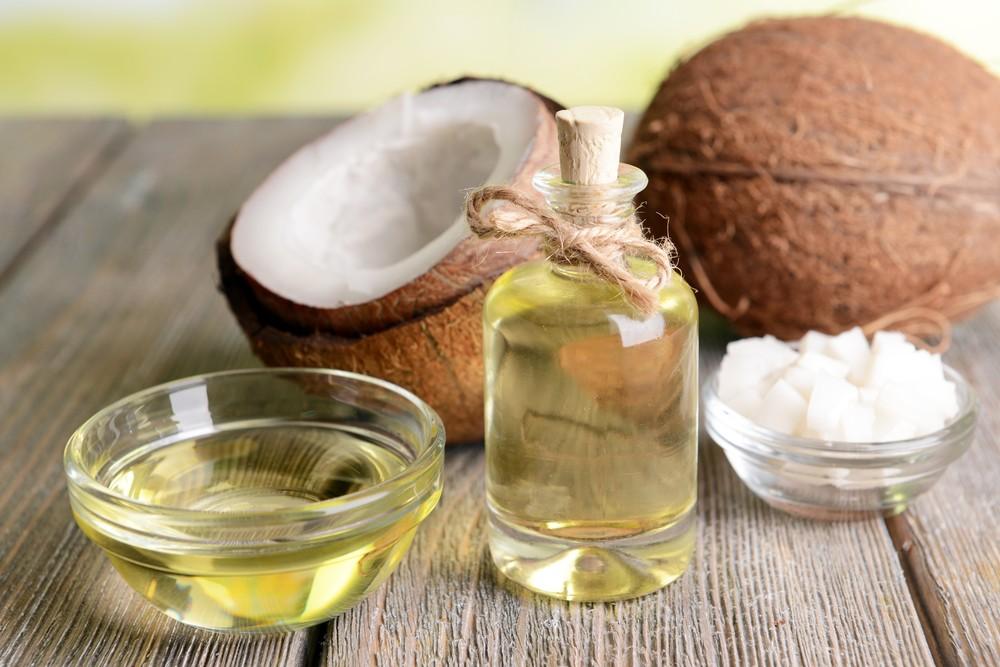 椰子油含有独特的脂肪酸,当中大约9成为饱和脂肪酸。