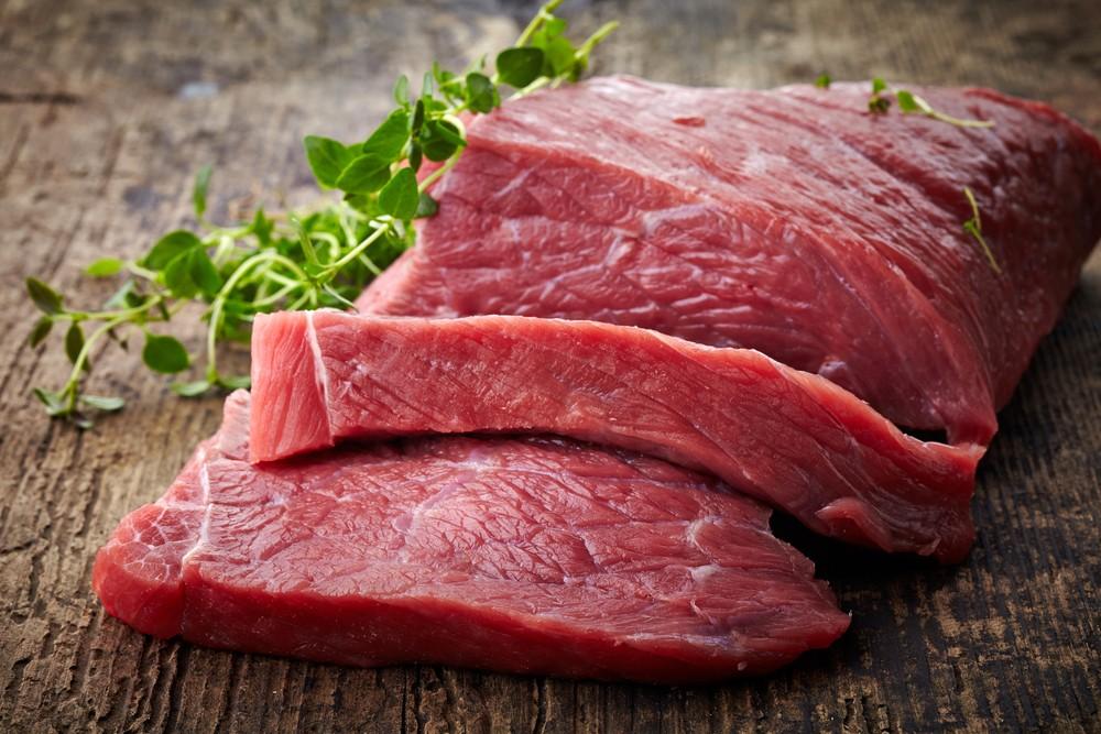 瘦肉为高蛋白食物,十分饱肚,例如牛肉。