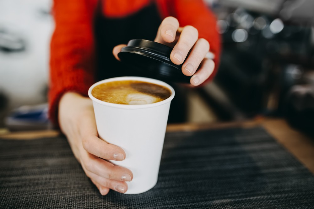 结果发现,饮用咖啡的人,相比不饮用咖啡的人,患上肝细胞癌风险减低50%。