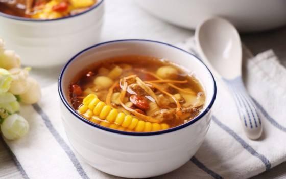 虫草花螺头栗子汤的功效是滋阴补肾。