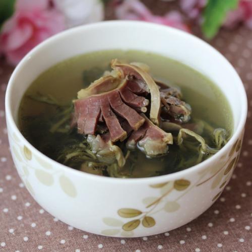 西洋菜陈肾汤功效:清热润肺,健脾养胃。
