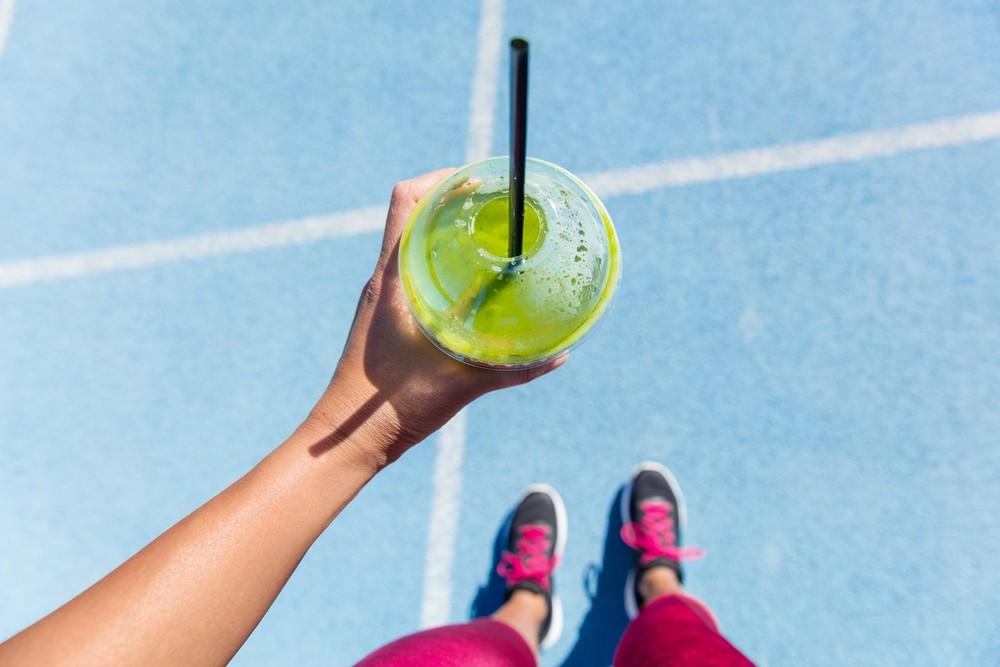 方便的五青汁有助省掉咀嚼的时间。