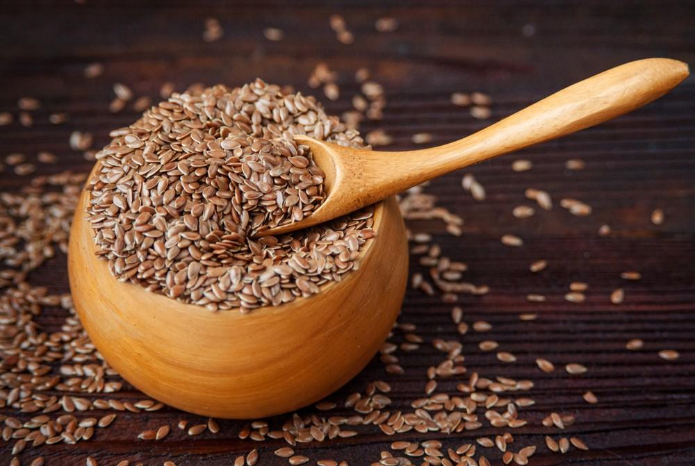亚麻籽含有充足的奥米加3脂肪酸、纤维和抗氧化剂。