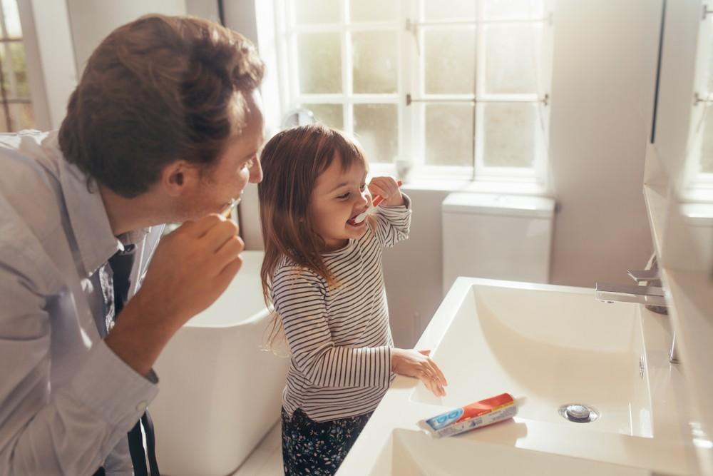 过去有研究指出,差的口腔卫生令血液中出现细菌,导致身体出现炎症。