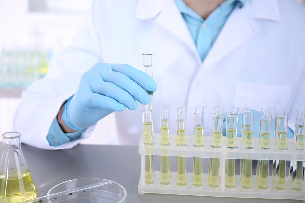 日本有企业研发出用1滴尿验出乳癌、大肠癌等15种癌症,声称准确率达85%,预计明年1月推出。