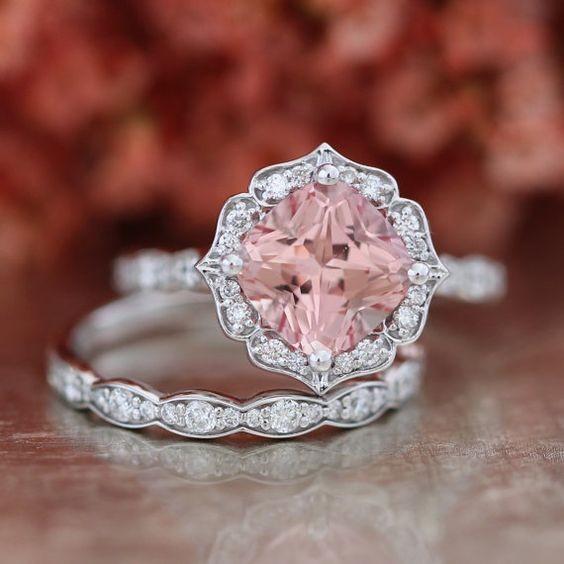 粉紅摩根石戒指款式