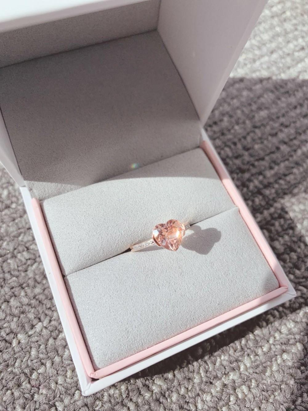 浪漫粉紅摩根石心形戒指