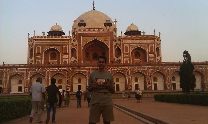 ajay humayuns tomb delhi