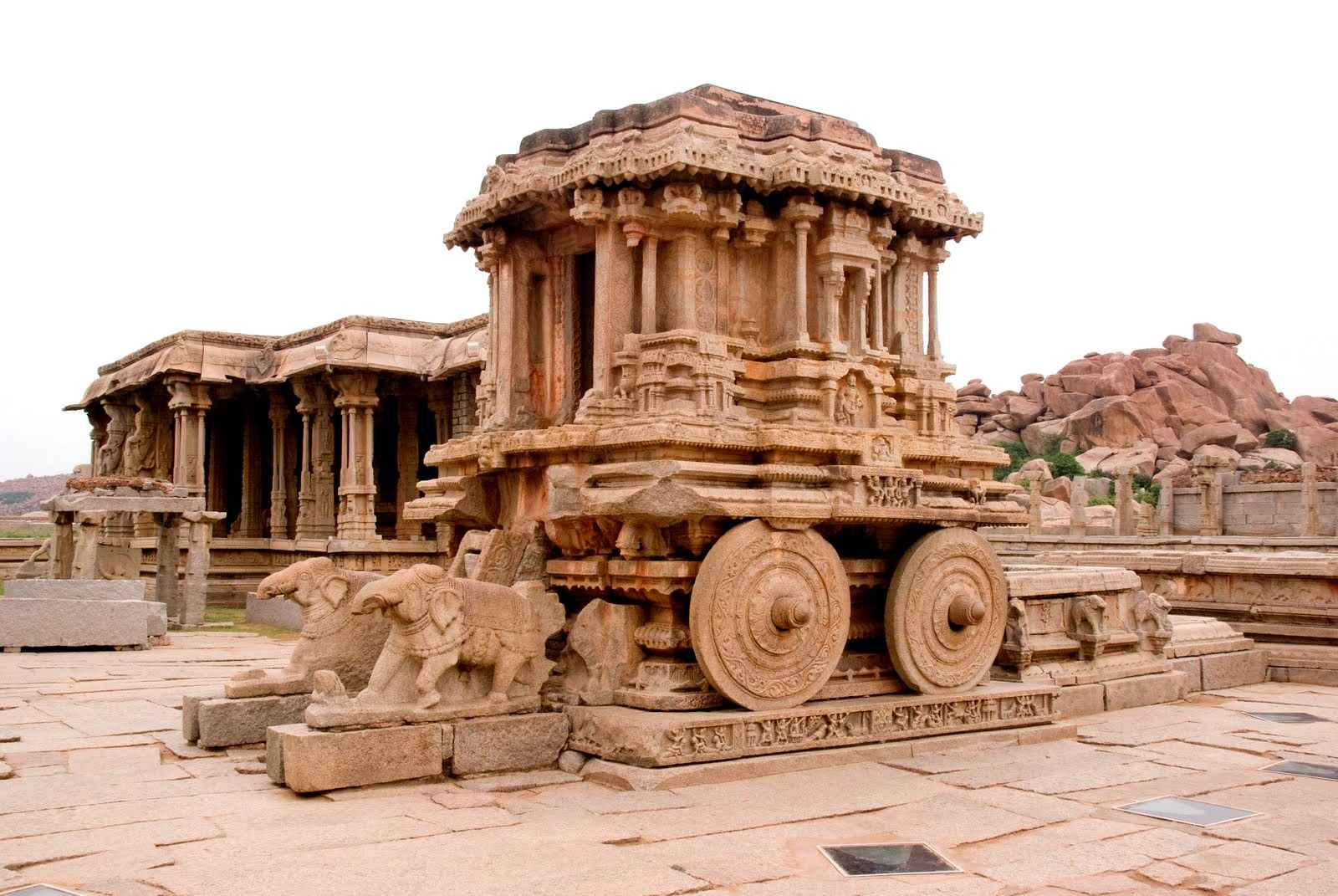 http://www.historydiscussion.net/history-of-india/art-and-architecture-under-the-vijayanagar-rulers/2868