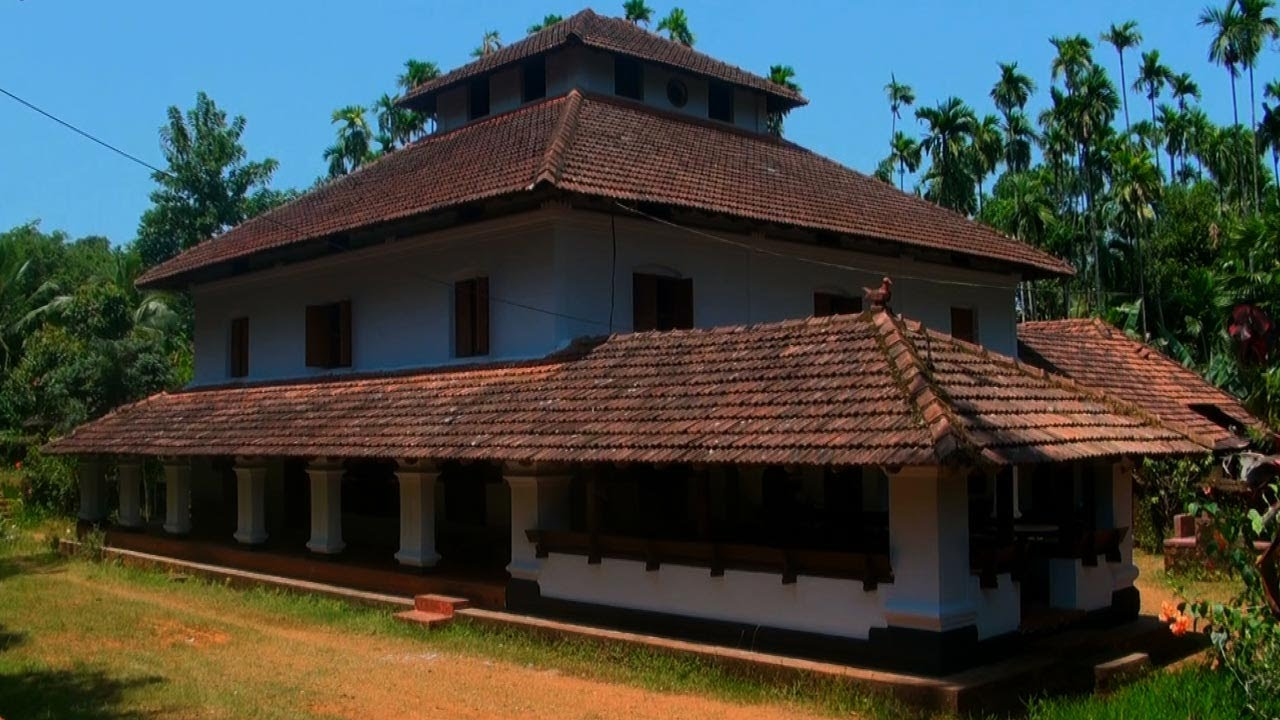 Anakkara Vadakkath Tharavadu is in Palakkad district of Kerala