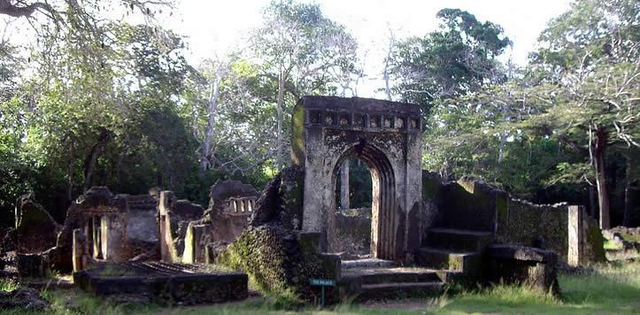 http://s3-ap-southeast-1.amazonaws.com/gounesco.com/wp-content/uploads/2014/05/09143349/gede-ruins.jpg