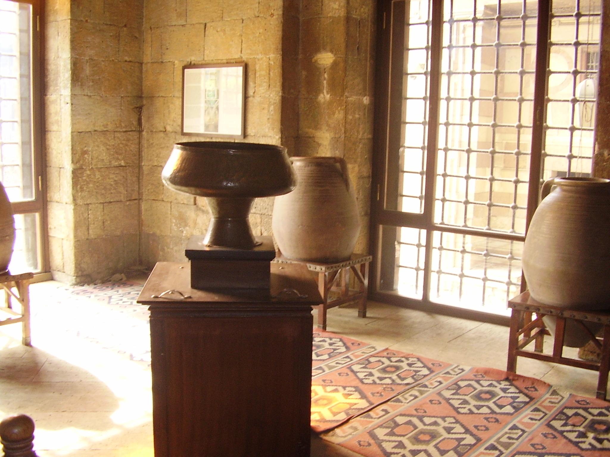 The internal hall of Sabil